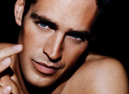 La depilación facial masculina. Depilación láser en el hombre